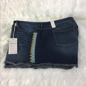 Frayed Denim Shorts Torrid Embroidery on Sides